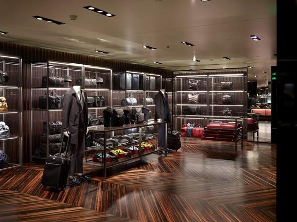 Новые магазины: Acne в Копенгагене, Dover Street Market в Токио и Prada в Москве. Изображение № 12.