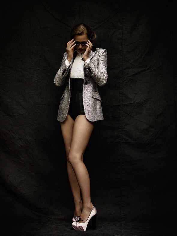 Съёмка: Ясмин Ле Бон для L'Officiel. Изображение № 2.