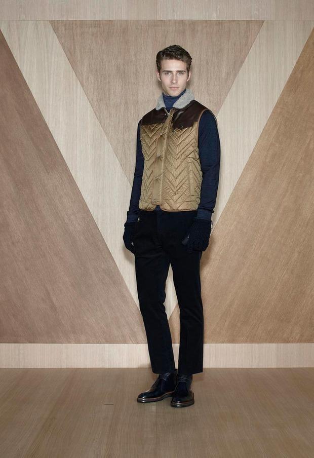 Мужские лукбуки Alexander McQueen, Comme des Garcons, Louis Vuitton и Club Monaco. Изображение № 58.