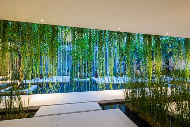 Архитектура дня: белый спа-центр во Вьетнаме с растениями на фасаде. Изображение № 10.