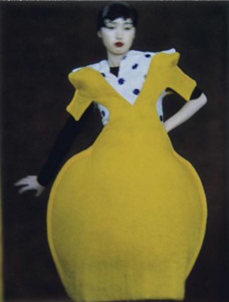 Сара Мун, фотограф: «Мода всегда будет продавать мечты — приземленные и возвышенные». Изображение №40.