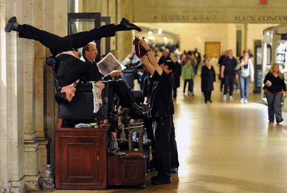 Джейк Сжипек на Центральном вокзале. (JORDAN MATTER PHOTOGRAPHY / BARCROFT USA). Изображение № 14.