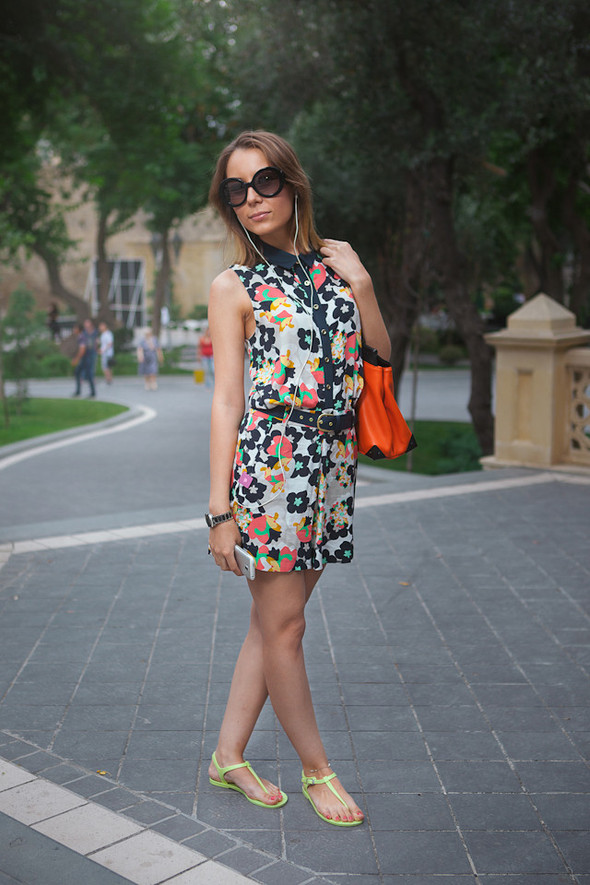 Baku Street Fashion | Summer 2012. Изображение №29.