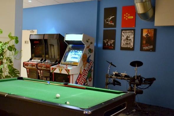 Студия CCP в Рейкьявике, где делают онлайн-игру EVE. Изображение № 18.