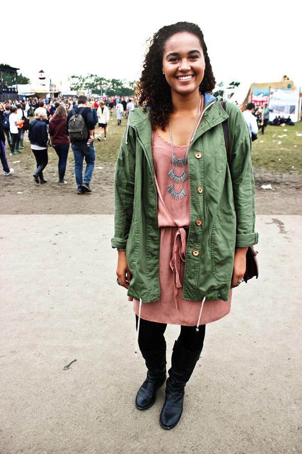 Индейские перья, фуражки и перстни: Люди на фестивале Roskilde. Изображение №26.