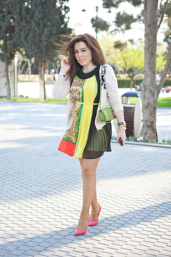 Baku Street Fashion | Spring 2012. Изображение № 44.