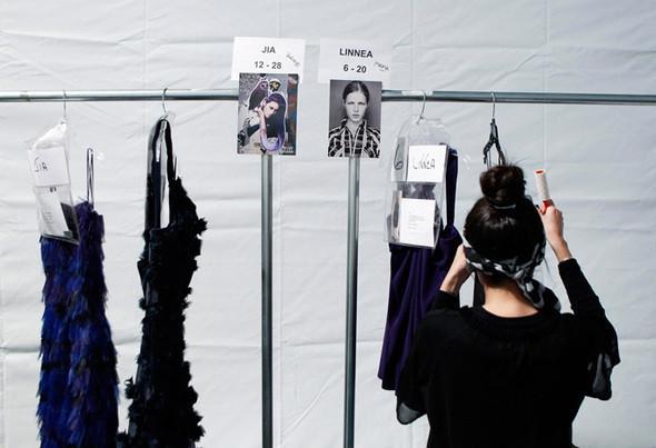 Изображение 4. Неделя моды в Нью Йорке: Бэкстэйдж.. Изображение № 4.