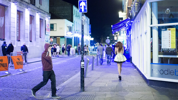 Великобритания: Дух настоящей Англии в Ливерпуле, автомобиль-амфибия и Японец за рулем. Изображение № 50.
