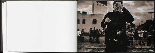 Закон и беспорядок: 10 фотоальбомов о преступниках и преступлениях. Изображение № 36.
