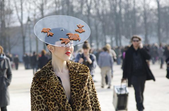 Дело в шляпе: 10 известных шляпников. Изображение № 76.