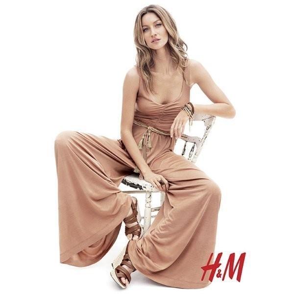 Изображение 24. Рекламные кампании: H&M, Levi's и другие.. Изображение № 23.