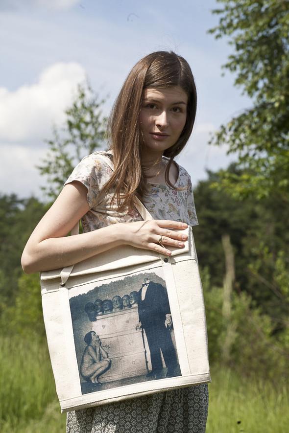 БЕЛОЕ — рюкзаки и сумки из грубого белого хлопка. Изображение № 22.