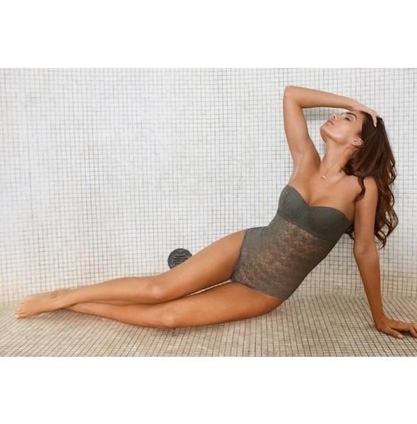 Изображение 25. Лукбуки: Intimissimi, Chantal Thomass, Victoria's Secret и другие.. Изображение № 12.