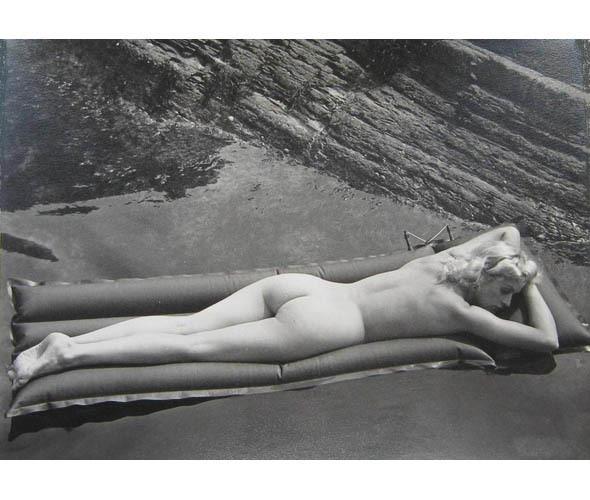 Части тела: Обнаженные женщины на винтажных фотографиях. Изображение №123.