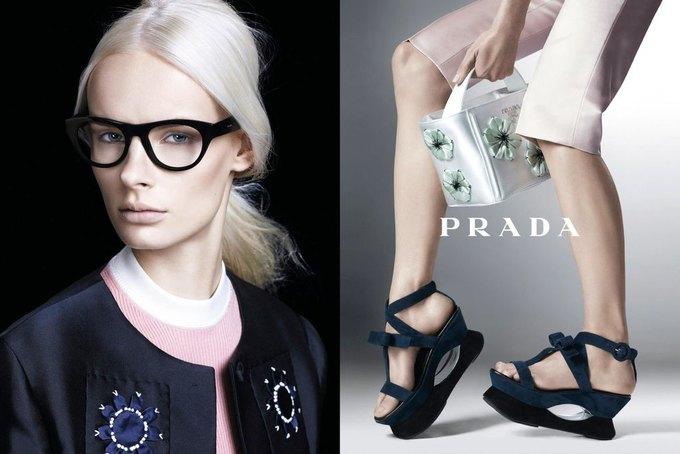 Max Mara, Prada и другие марки выпустили новые кампании. Изображение № 11.