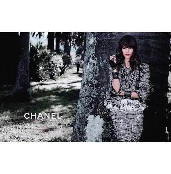Изображение 11. Рекламные кампании: Chanel, Donna Karan, Stella McCartney и другие.. Изображение № 11.