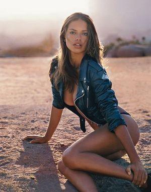 Adriana Lima. Изображение № 12.