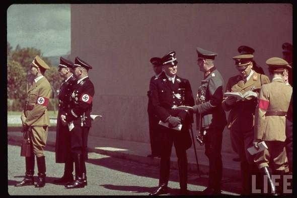 100 цветных фотографий третьего рейха. Изображение № 4.