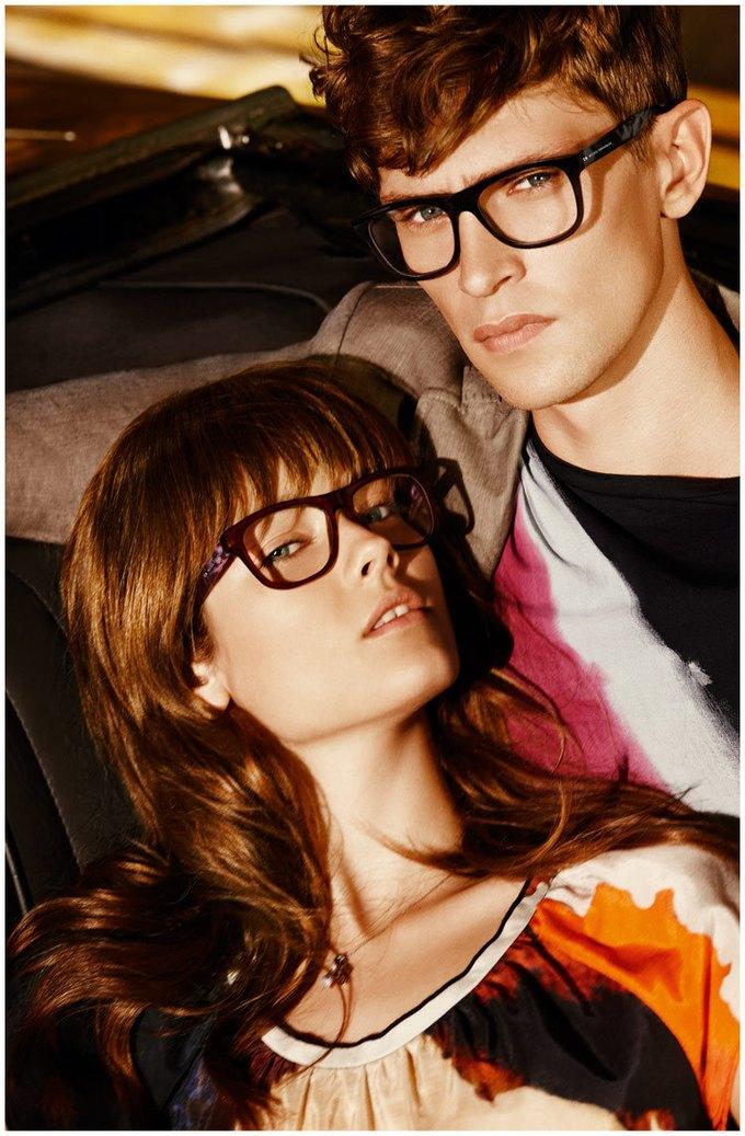 Alberta Ferretti, DKNY и Moschino показали новые кампании. Изображение № 20.