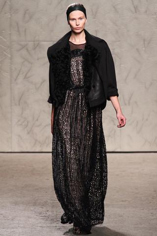 Новости моды: Выставки Chloe и Salvatore Ferragamo, Vogue в Таиланде и проект Michael Kors. Изображение № 20.
