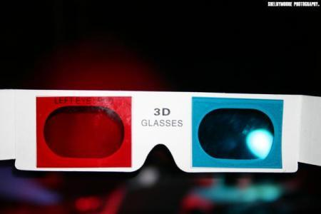 The Blue and Red 3D Spectacular. Изображение № 4.