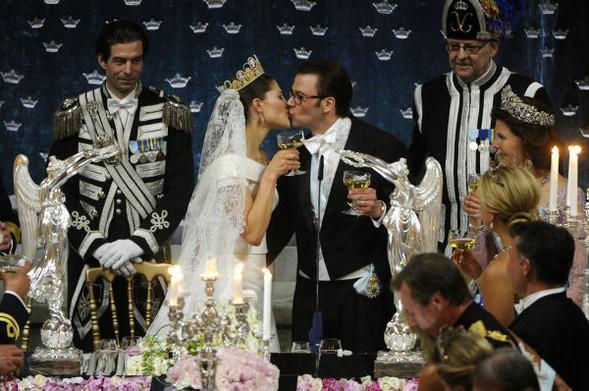 Свадьба шведской кронпринцессы Виктории. Изображение № 13.