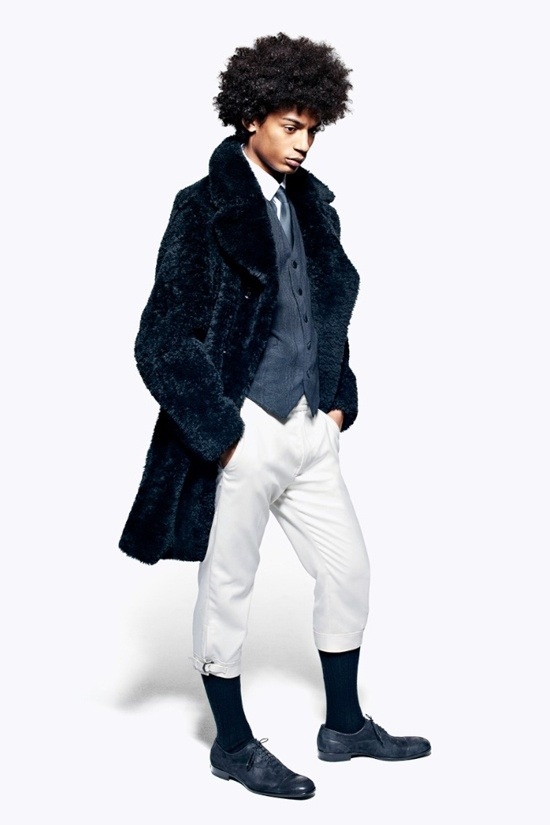 Мужские лукбуки Alexander McQueen, Comme des Garcons, Louis Vuitton и Club Monaco. Изображение № 2.