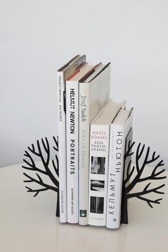 Фигурные упоры для книг от дизайн-ателье Article. Изображение № 2.