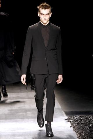 Неделя моды в Париже: мужские показы. Изображение № 78.