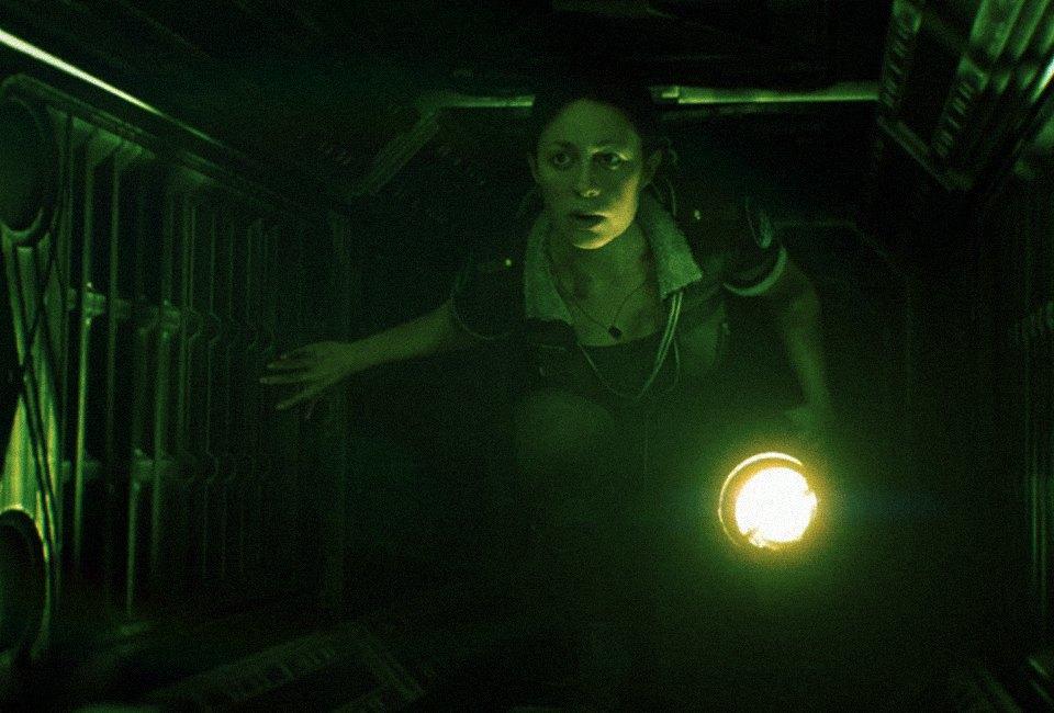«Представь, что ты большой желтый круг!»:  Пятеро человек играют в Alien: Isolation. Изображение № 16.