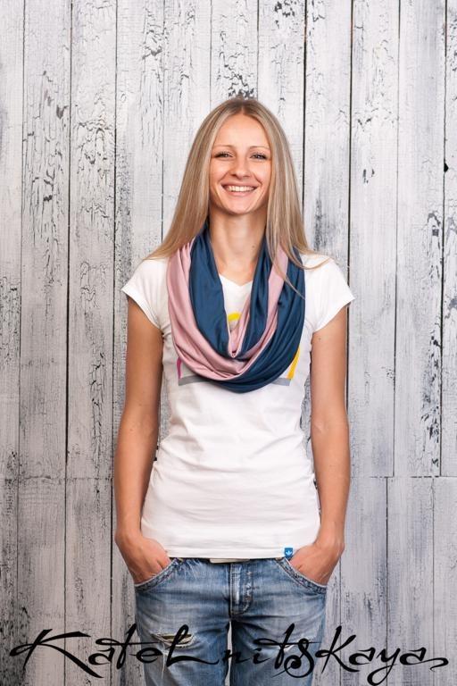 Осенняя коллекция ярких шарфов-снудов. Изображение № 9.