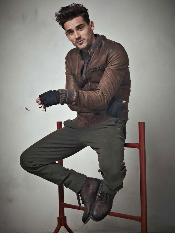 Лукбук: Dolce & Gabbana FW 2011 Men's. Изображение № 33.