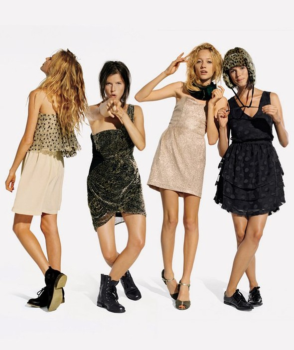 Лукбуки: Urban Outfitters November 2010. Изображение № 10.