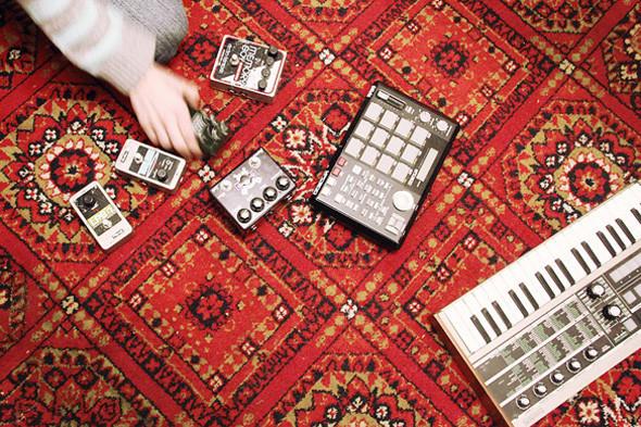 Гитарные эффекты, семплер и синтезатор Саши Фридмана. Изображение № 60.