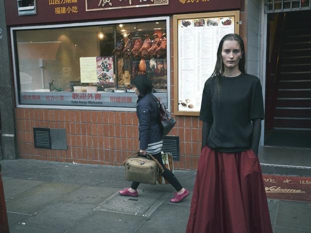 A.P.C., Chanel, MM6, Mother of Pearl, Paule Ka и Yang Li выпустили новые лукбуки. Изображение № 132.