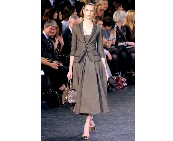 Можно все: Модели на показе Louis Vuitton. Изображение № 4.