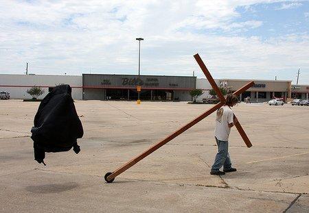 Только потому чтокрест. Изображение № 38.