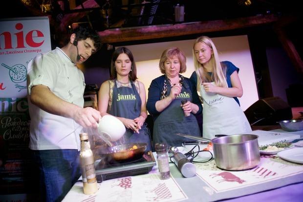 В ресторане Река прошел «оранжевый» кулинарный мастер-класс и ужин. Изображение № 8.