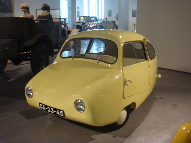 Испанский музей ретро-автомобилей. Изображение № 9.