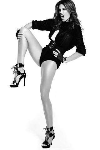 Cindy Crawford, Vogue Spain July 2009. Изображение № 2.