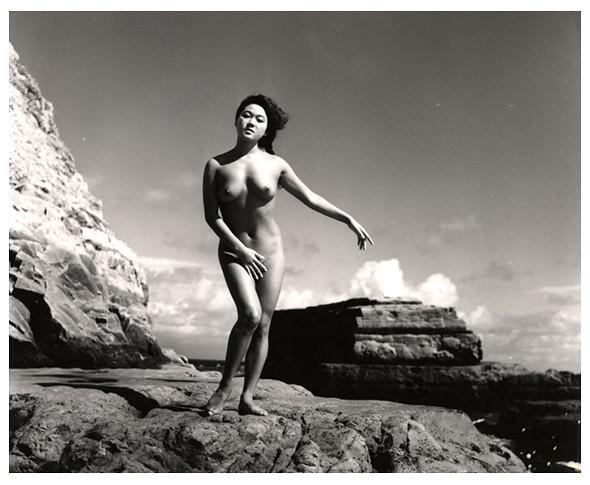 Части тела: Обнаженные женщины на фотографиях 50-60х годов. Изображение № 23.
