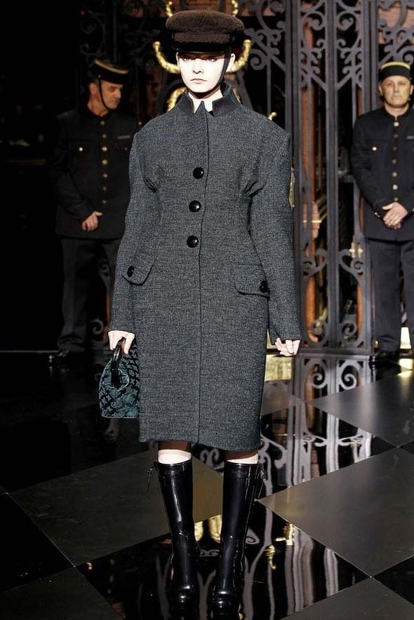 Изображение 4. Louis Vuitton Fall 2011.. Изображение № 4.