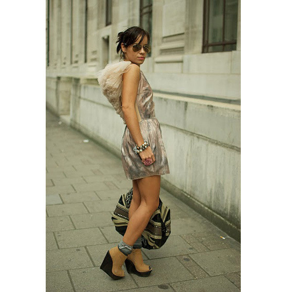 Изображение 12. City Looks: Лондон, Париж, Милан.. Изображение № 13.