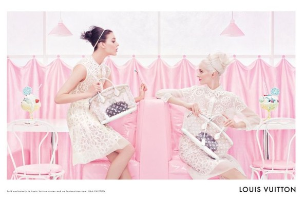 Превью кампании: Дарья Строкус и Кати Нешер для Louis Vuitton SS 2012. Изображение № 2.