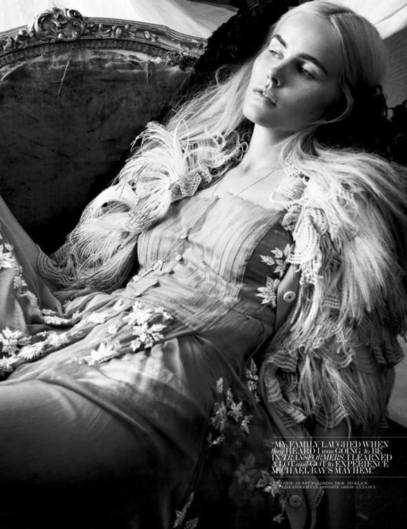 Съёмка: Изабель Лукас для Interview. Изображение № 7.