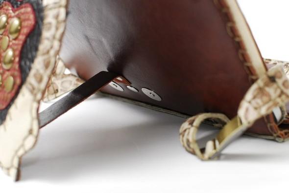 Кожанные чехлы для ipad ручной работы. Изображение № 52.