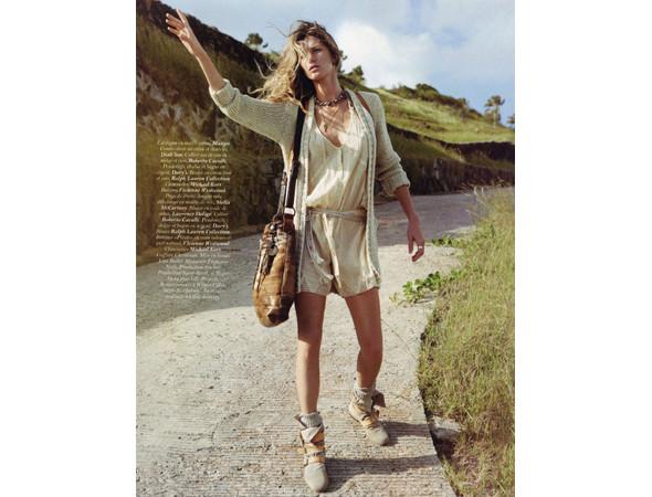Жизель Бундхен во французском Vogue, апрель 2011. Изображение № 23.