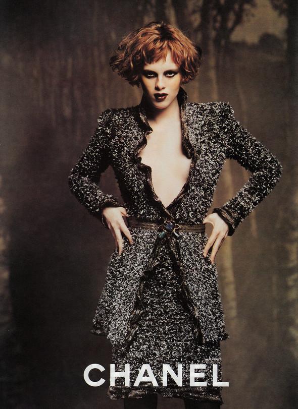 Архивная съёмка: Карен Элсон для кампании Chanel за 1997 год. Изображение № 9.