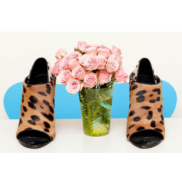Туфли Alexander Wang Сары Браун, директора отдела красоты Vogue. Изображение № 9.