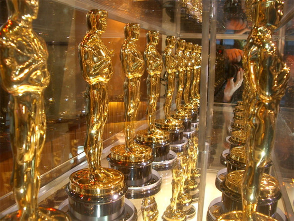 Джеймс Франко и Энн Хэтэуэй проведут Оскар. Изображение № 2.
